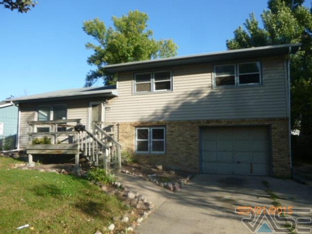 1708 S Riverdale Rd, SIOUX FALLS