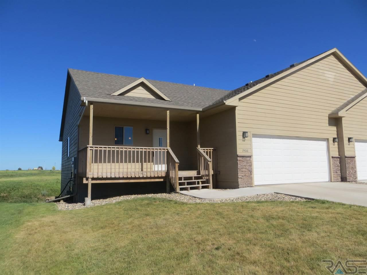 2406 N Wright Ave, Sioux Falls, SD 57104