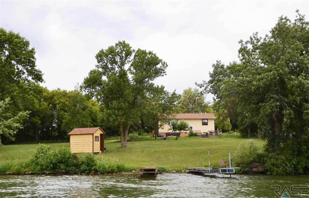 2582 Chilson Point Ln, Grenville, SD 57239