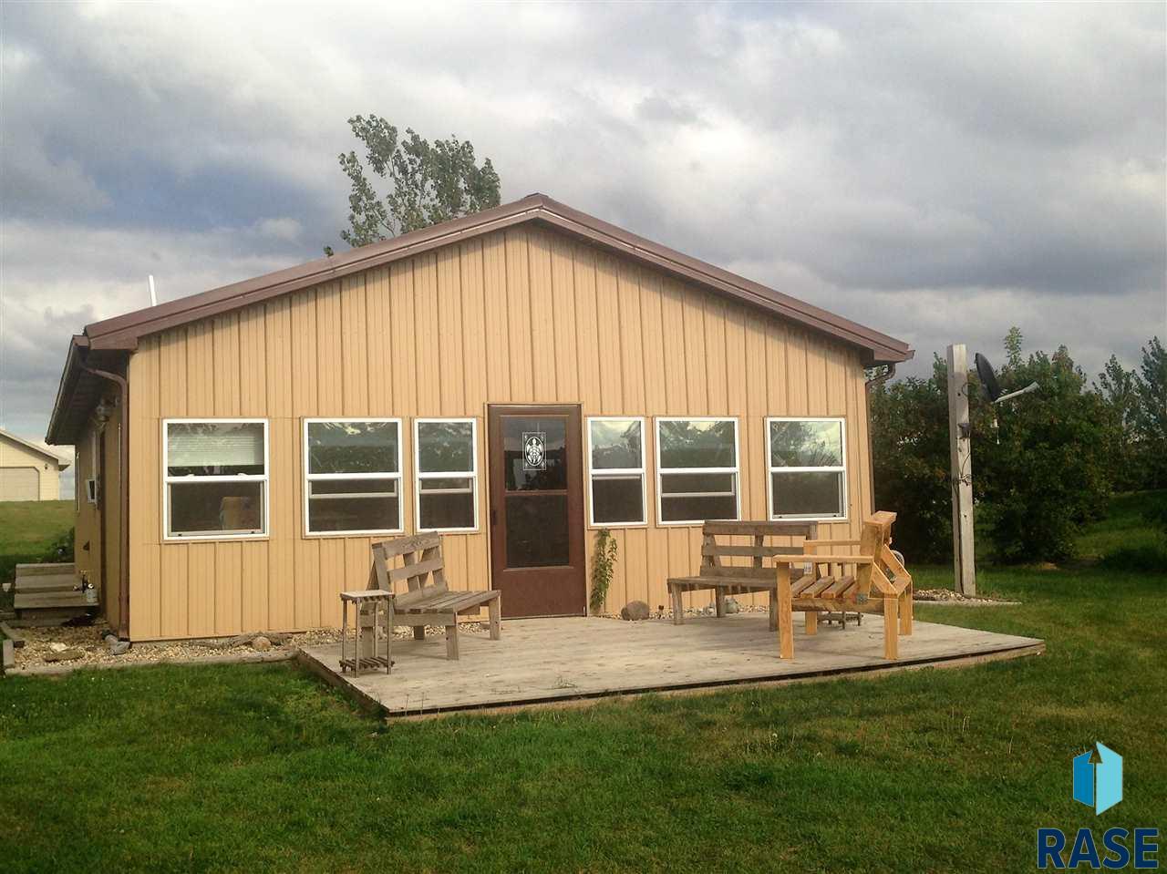 11453 Vuhl Lakeview Rd, Lake City, SD 57247