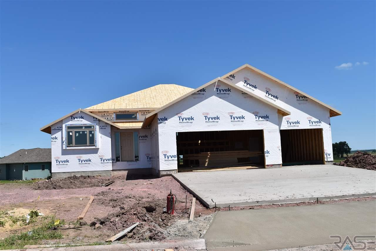 3704 S Infield Ave, Sioux Falls, SD 57110