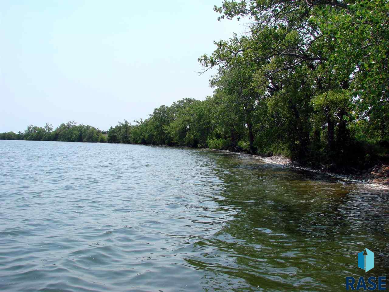 6 5 MarGi Park, Waubay, SD 57273