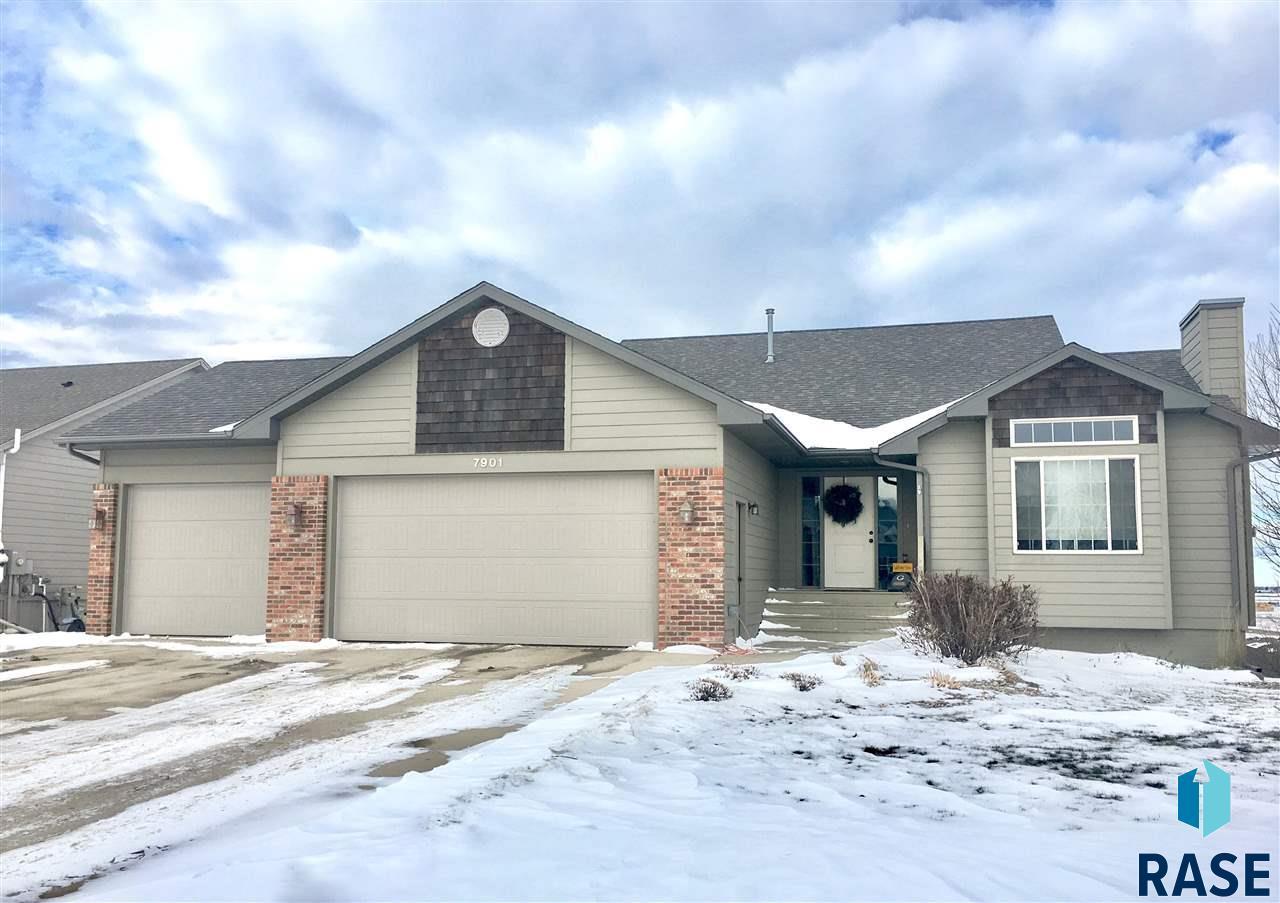 7901 S Brett Ave, Sioux Falls, SD 57108