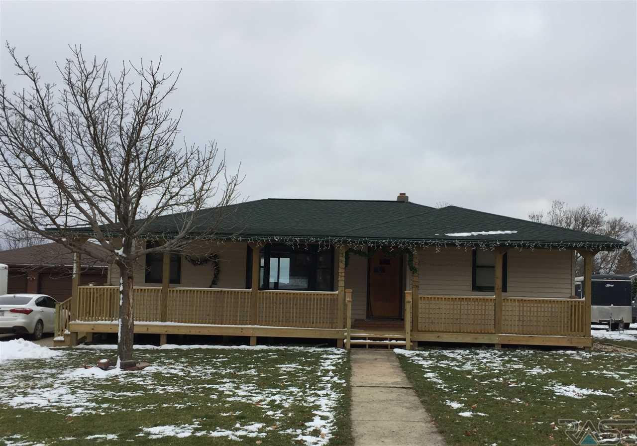 361 S 4th Ave, Lismore, MN 56155