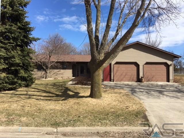 1310 W Northview Dr, Luverne, MN 56156