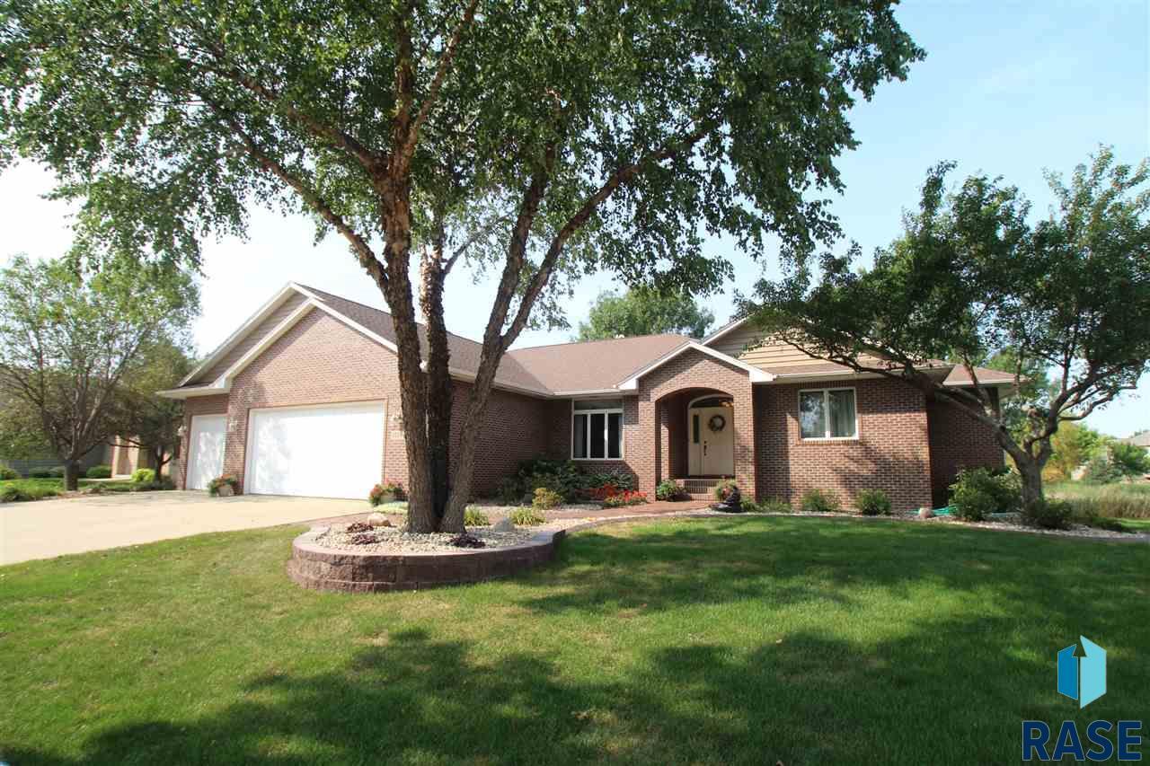 5705 S Tomar Rd, Sioux Falls, SD 57108