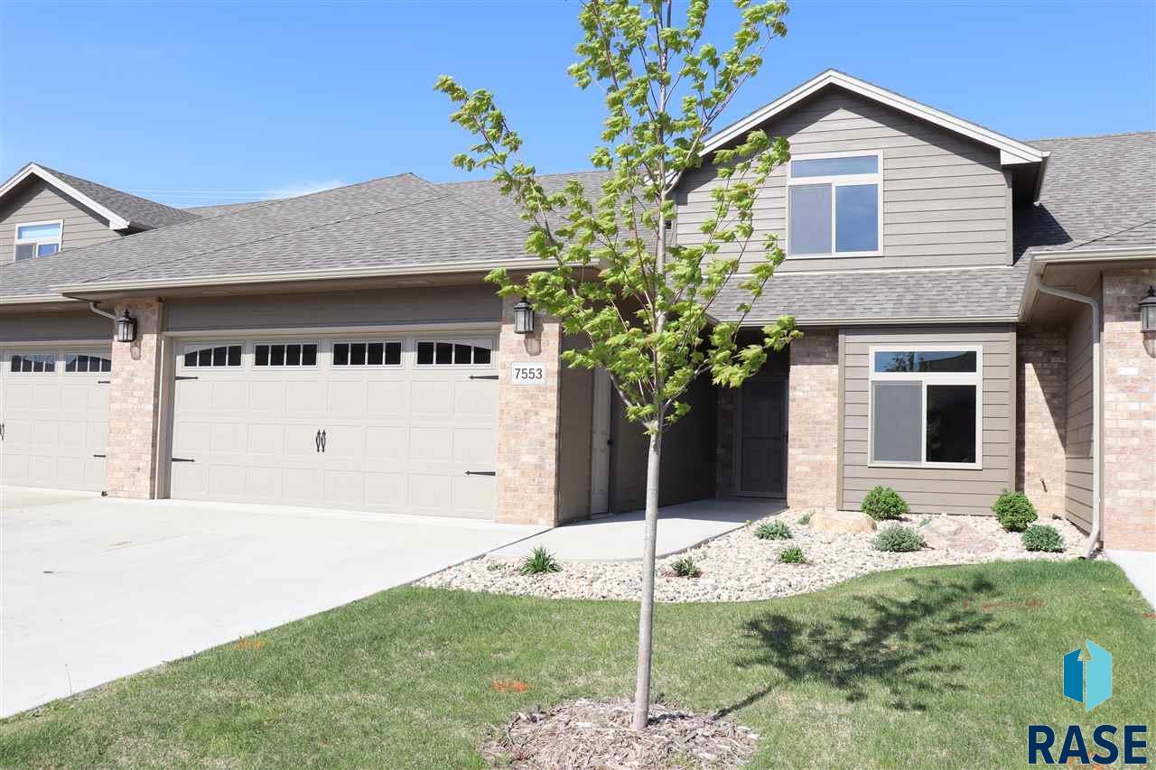7553 Grand Arbor Pl, Sioux Falls, SD 57108