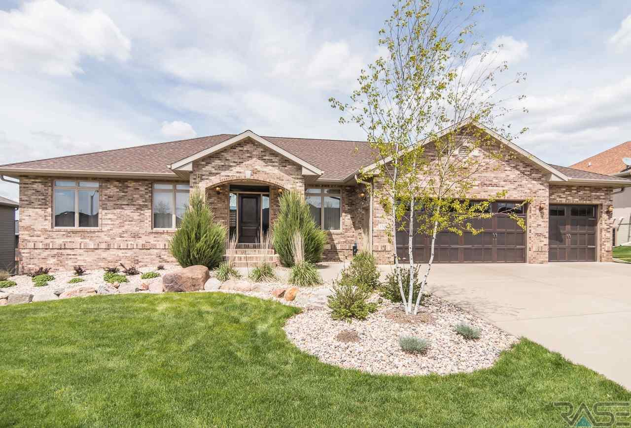 1345 W Wicklow Ct, Sioux Falls, SD 57108