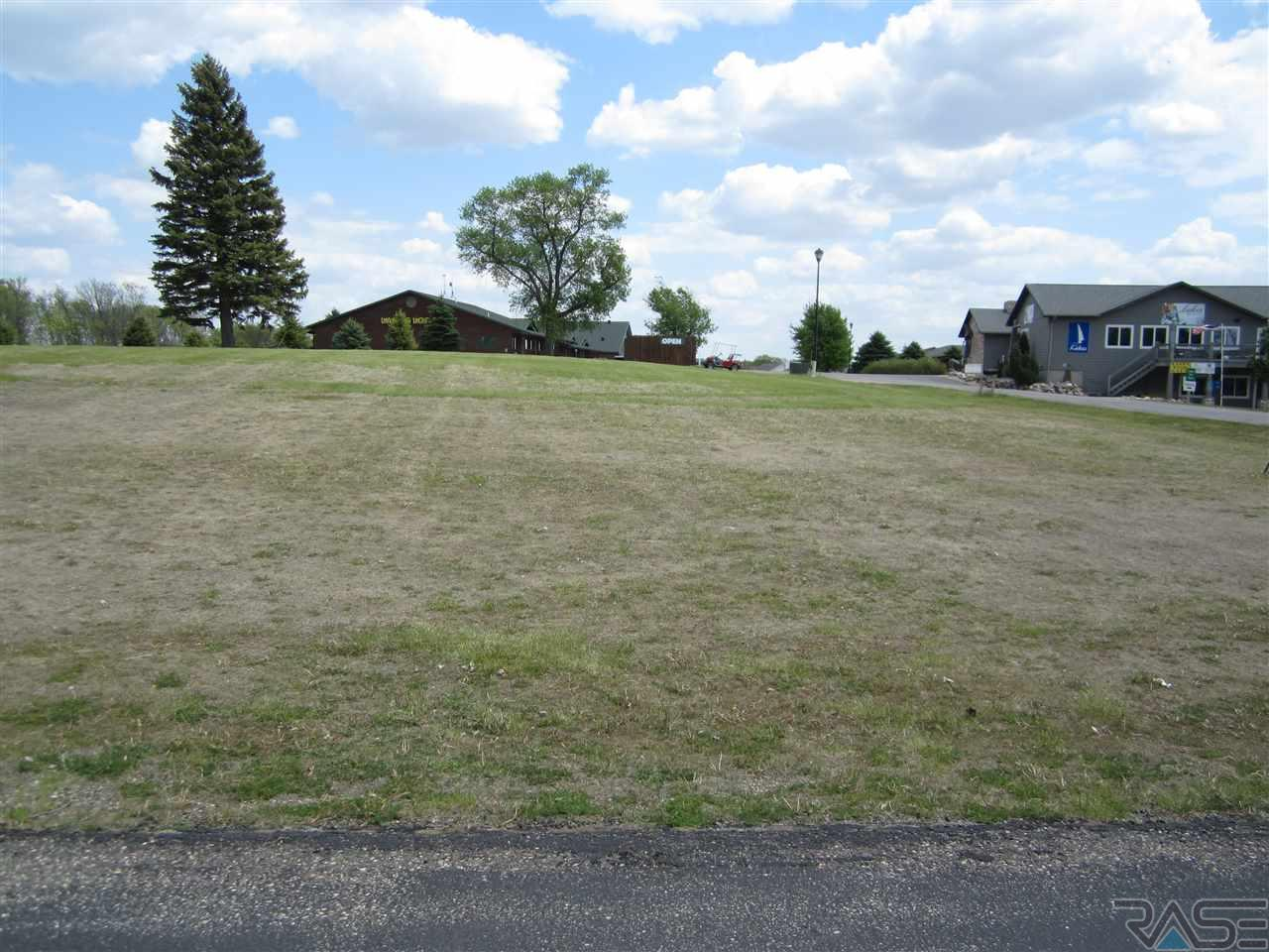 2 Lakeview Cir, Wentworth, SD 57075
