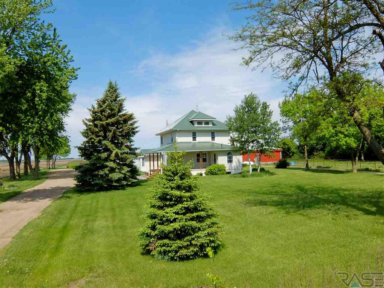 27151 479th Ave, Harrisburg, SD 57032