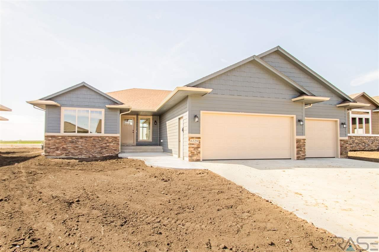 6329 S Badlands Ct, Sioux Falls, SD 57108