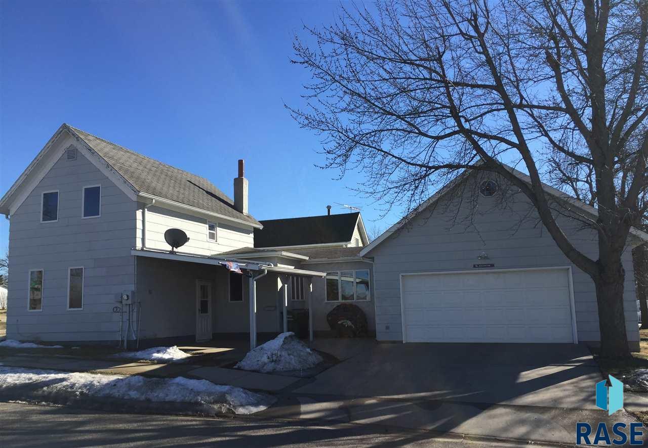 201 Nevada Ave, Adrian, MN 56110