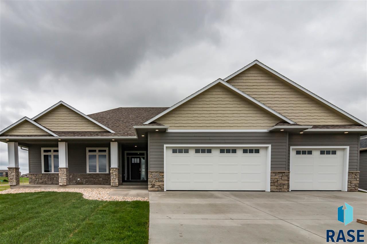 1820 W 88th St, Sioux Falls, SD 57108