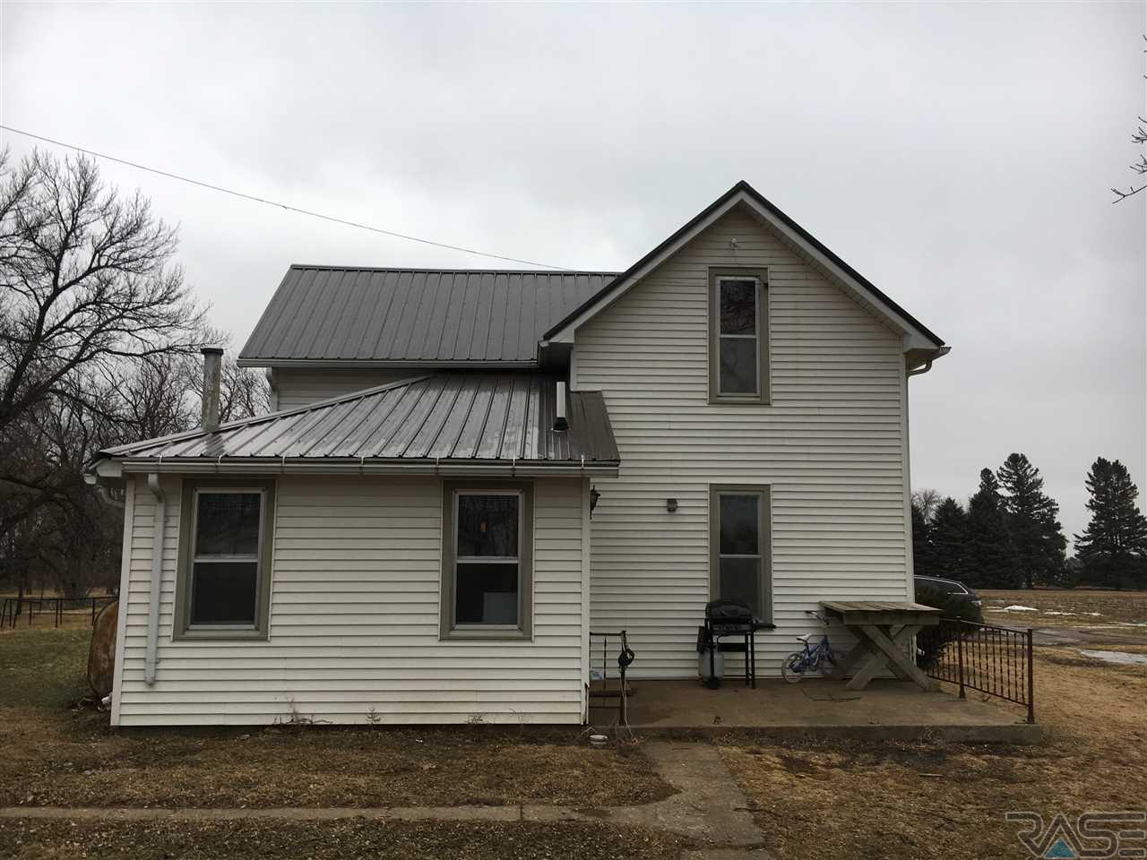 27781 482nd Ave, Canton, SD 57013