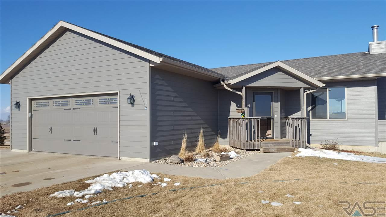 25904 484th Ave, Valley Springs, SD 57068