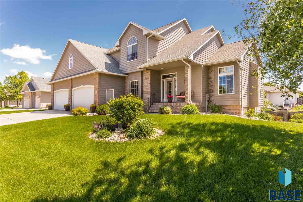6404 S Venita Ave, Sioux Falls, SD 57108