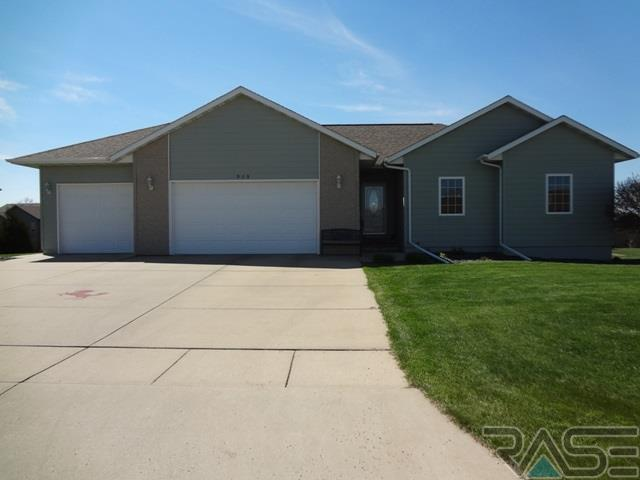 505 S Nicole Ave, Crooks, SD 57020