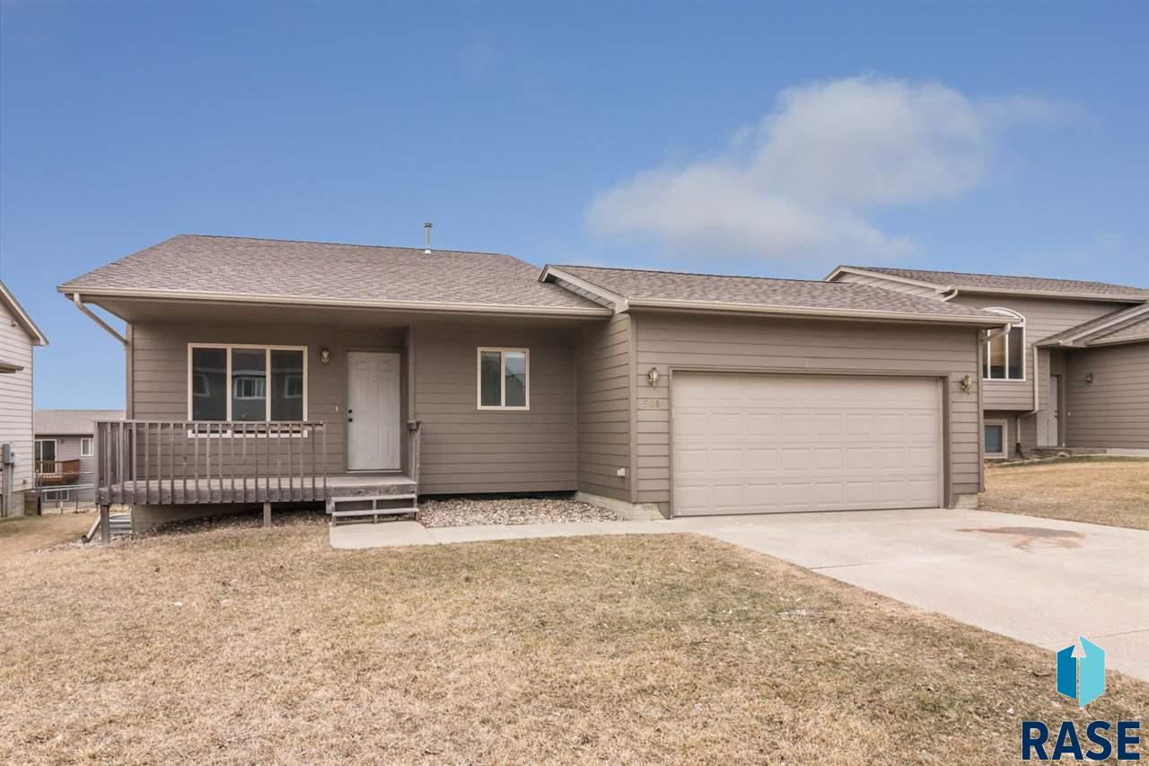508 S Wheatland Ave, Sioux Falls, SD 57106