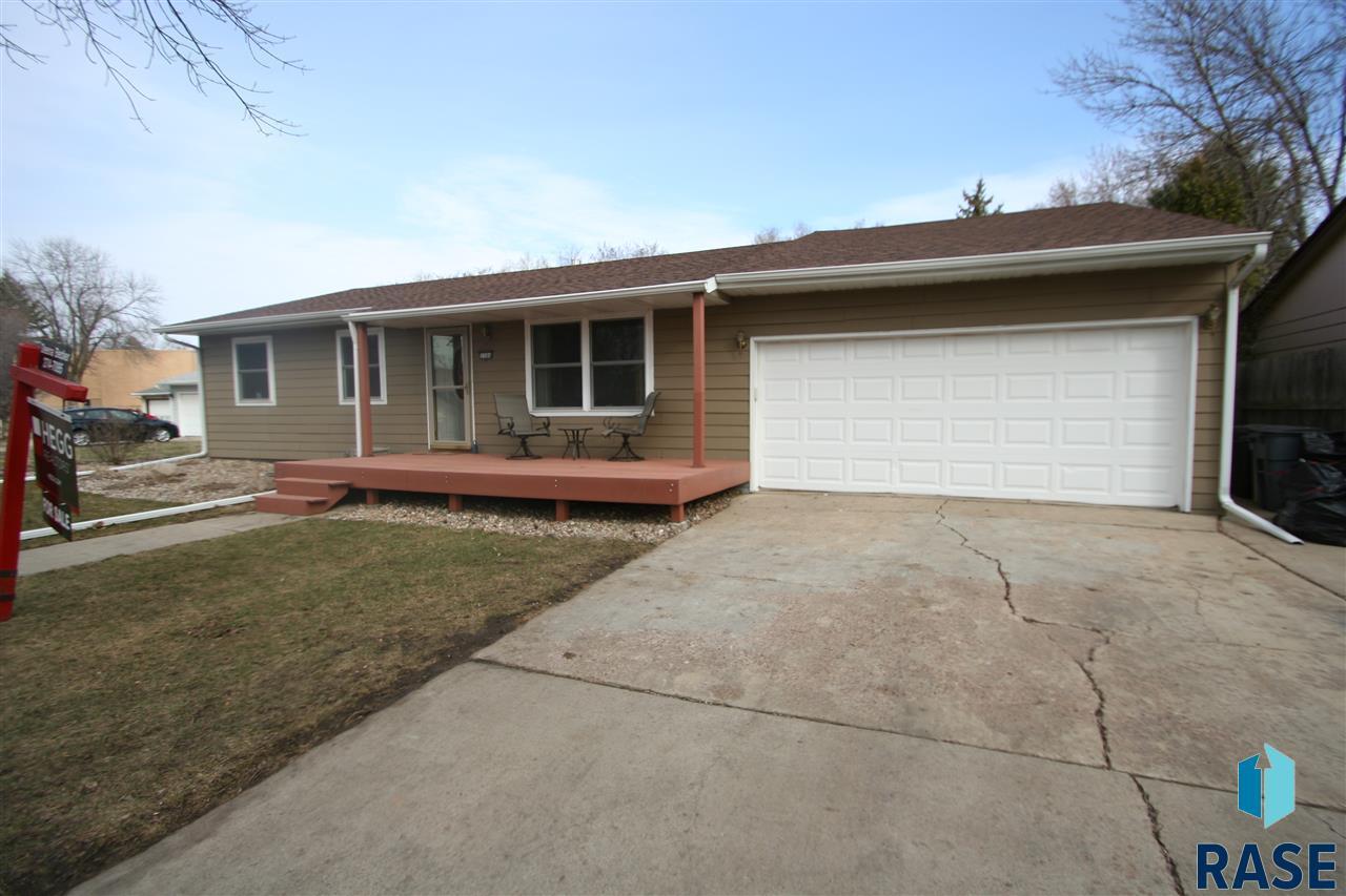 5504 W 39th St, Sioux Falls, SD 57106