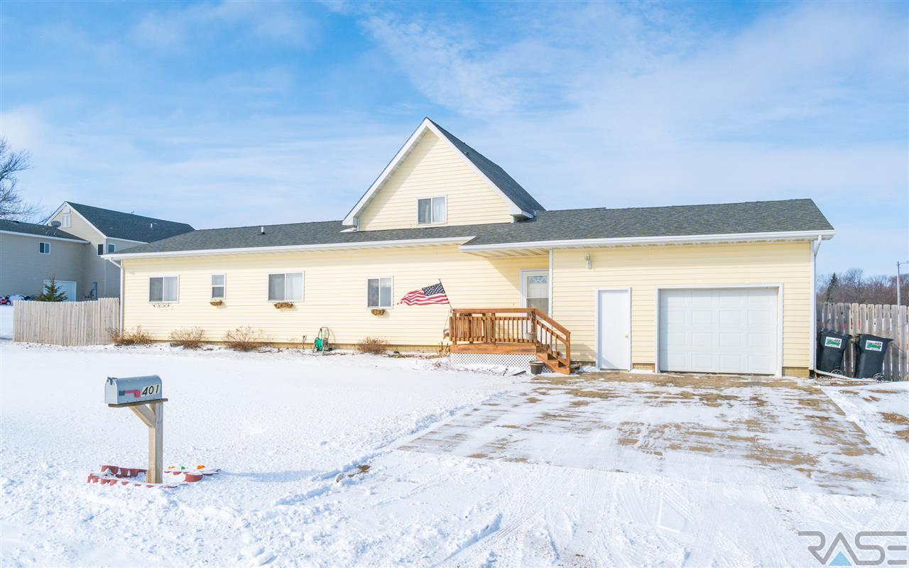 401 S Ford St, Humboldt, SD 57035
