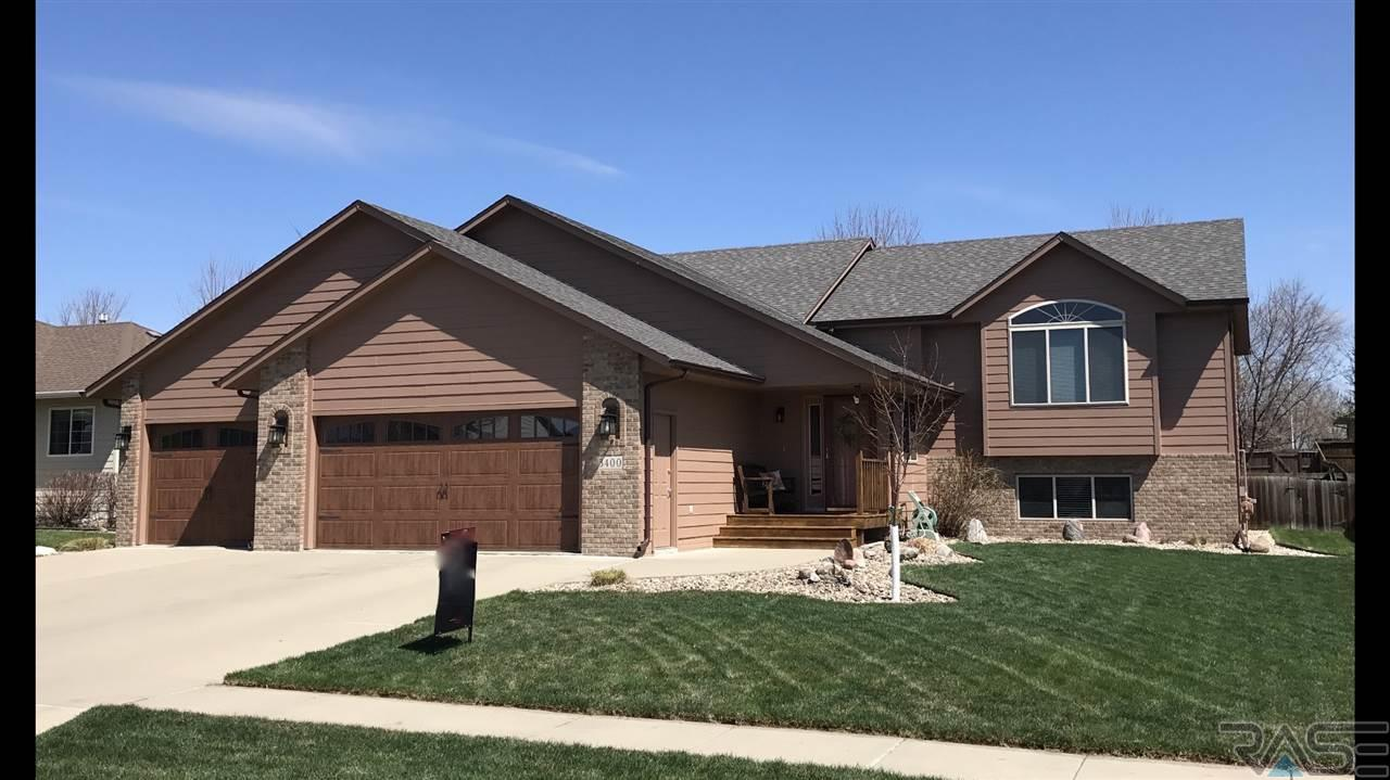 3400 S Sundrop Ave, Sioux Falls, SD 57110