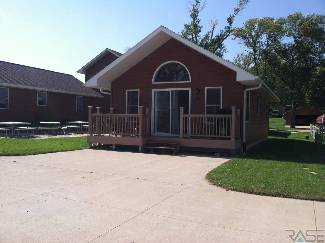 126 S Lake Dr 6, Arlington, SD 57212