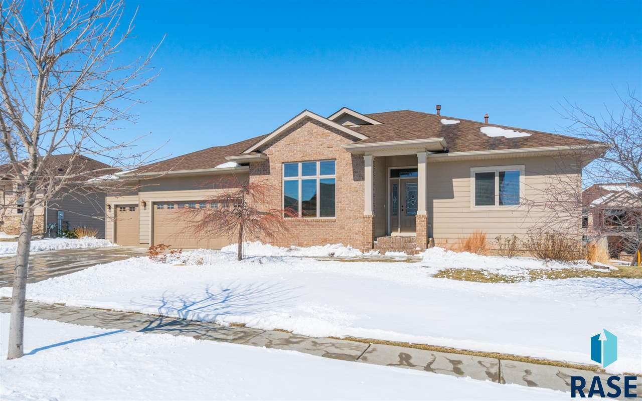 3016 W Cinnamon St, Sioux Falls, SD 57108