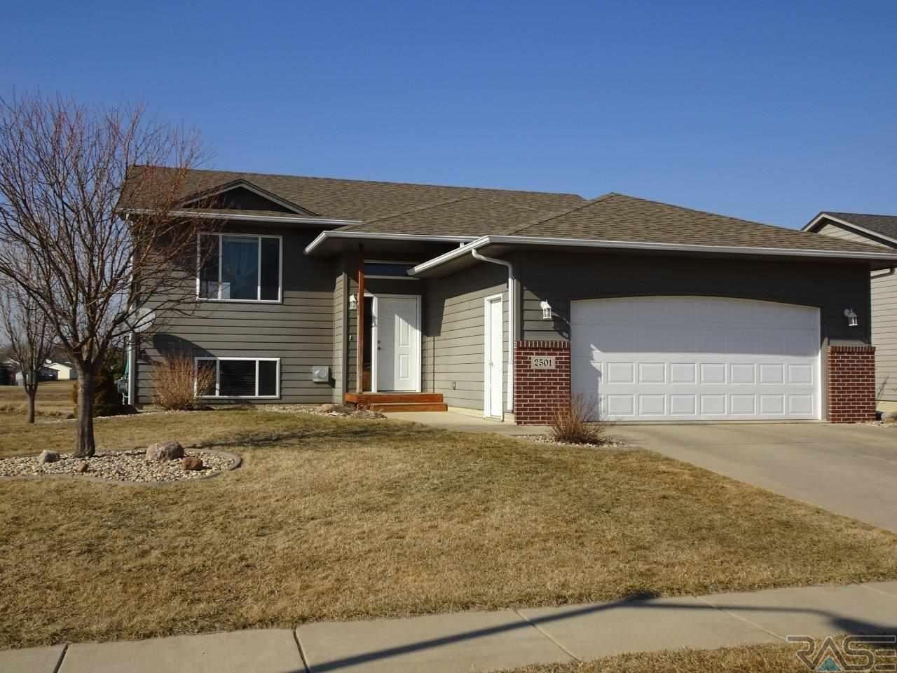 2501 N Vincent Ave, Sioux Falls, SD 57107