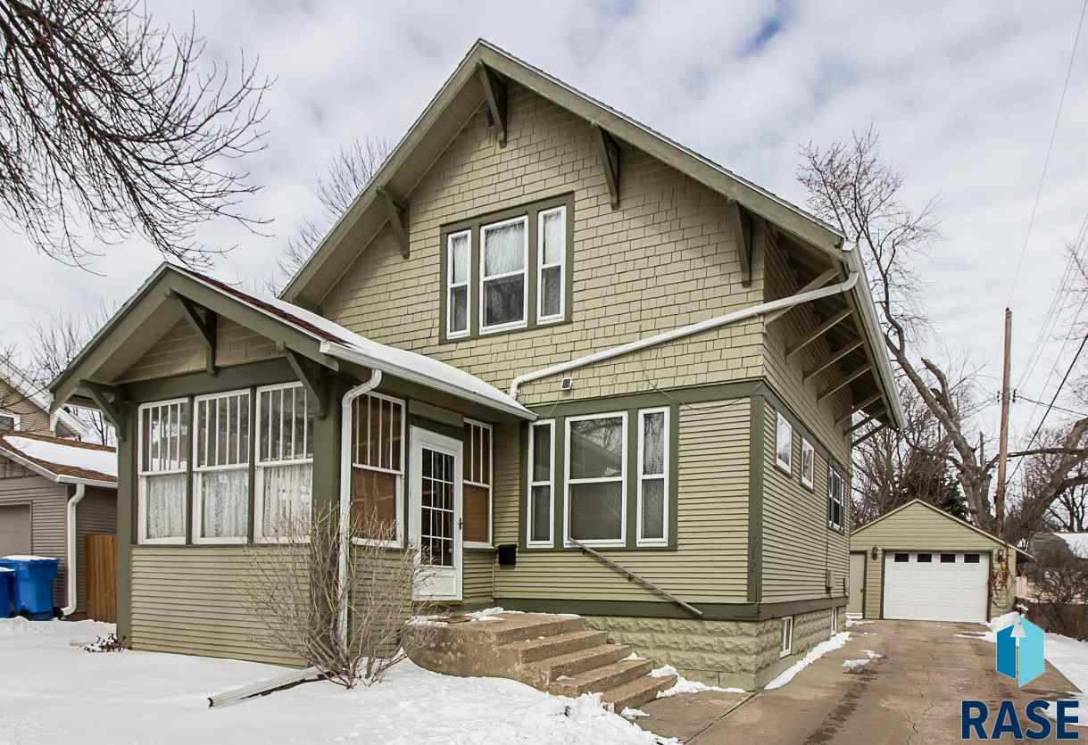 612 W 17th St, Sioux Falls, SD 57104