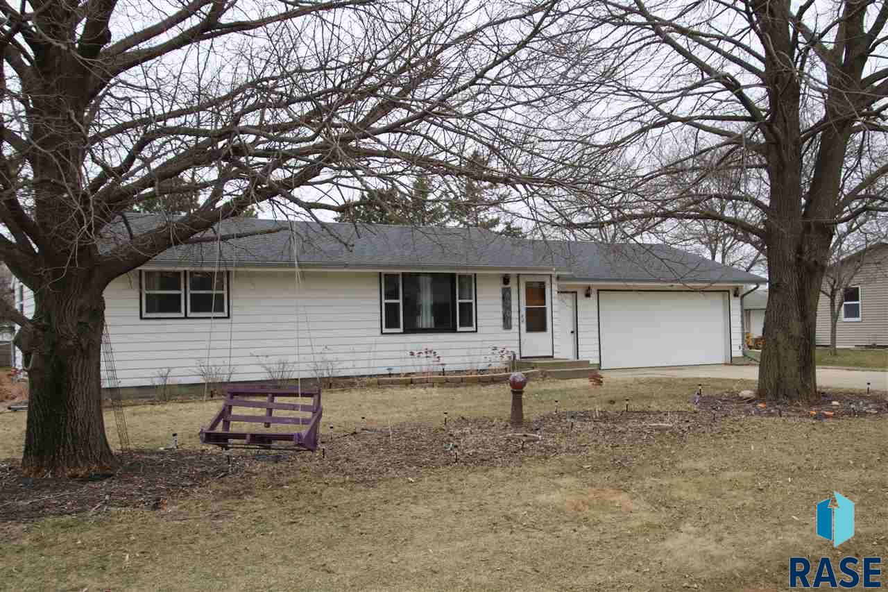 6701 N 10th Ave, Sioux Falls, SD 57104
