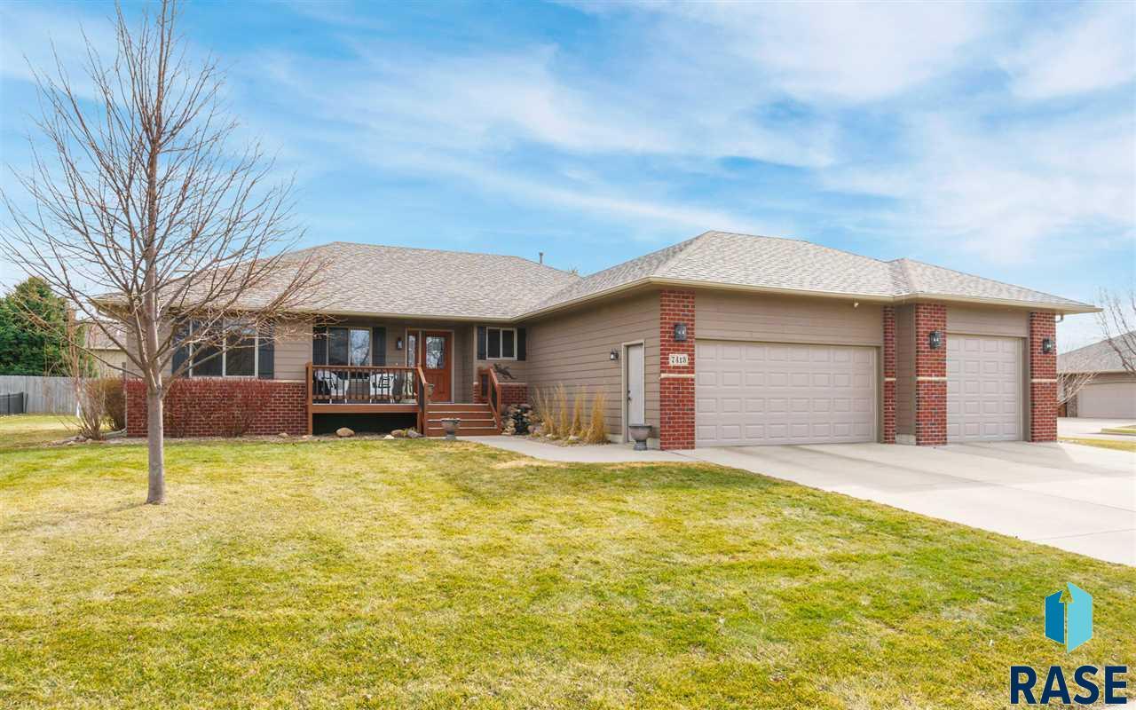 7413 W 15th St, Sioux Falls, SD 57106