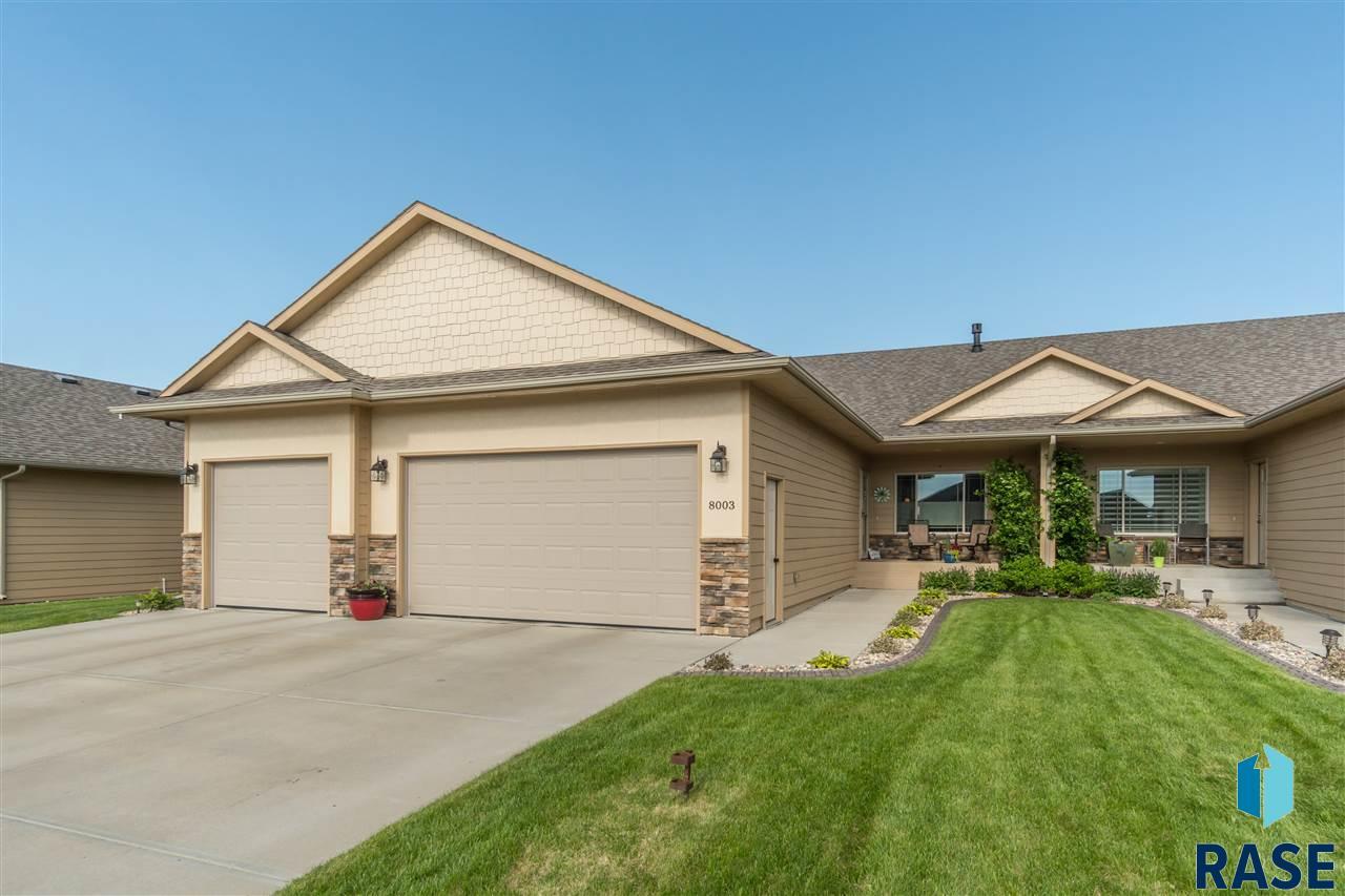 8003 S Copper Ridge Rd, Sioux Falls, SD 57108