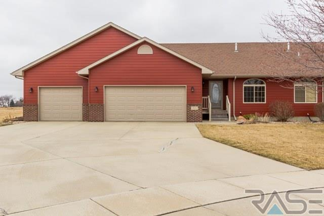 1811 S Wheatland Ave, Sioux Falls, SD 57105