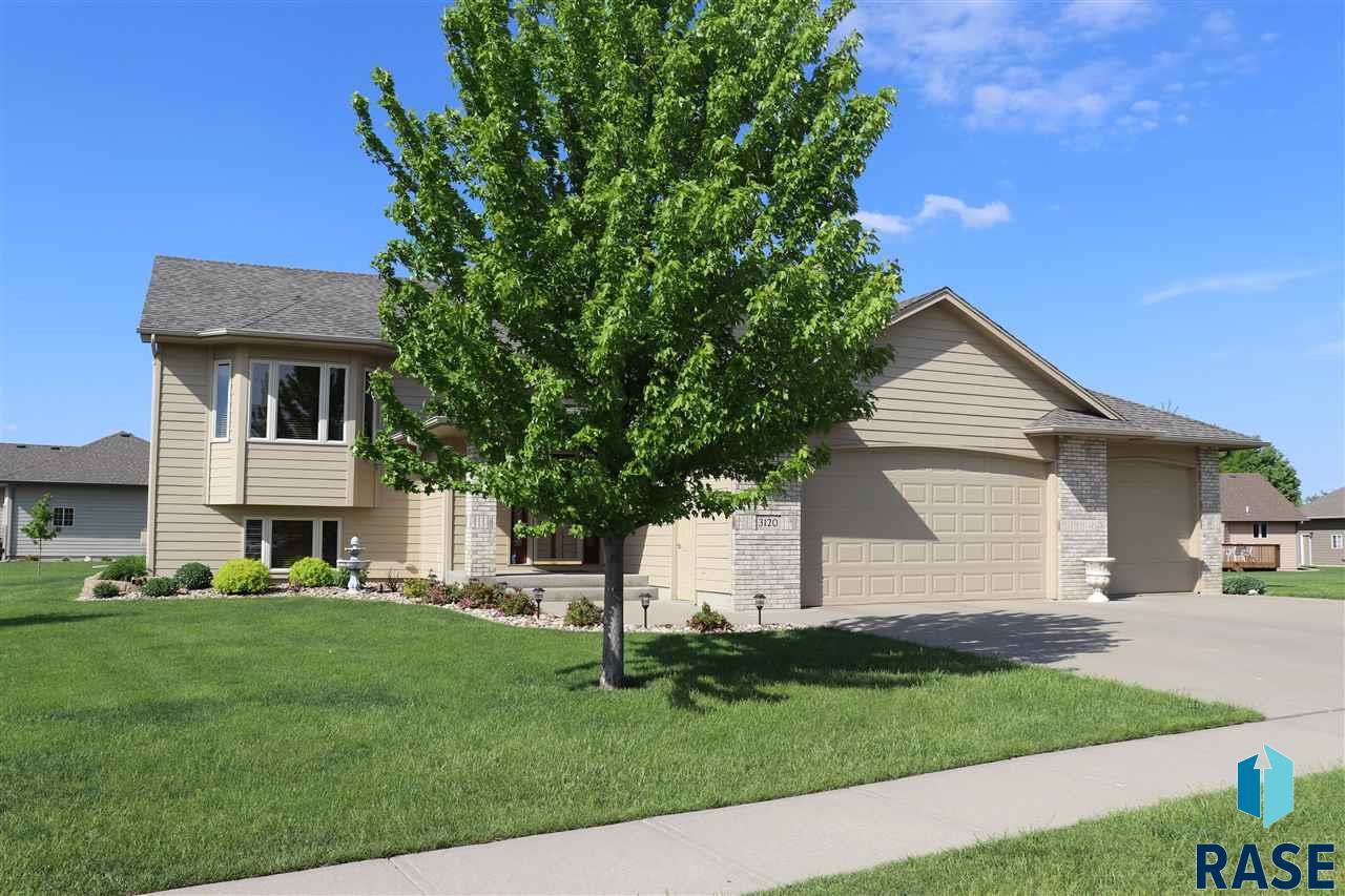 3120 W Crimson St, Sioux Falls, SD 57108