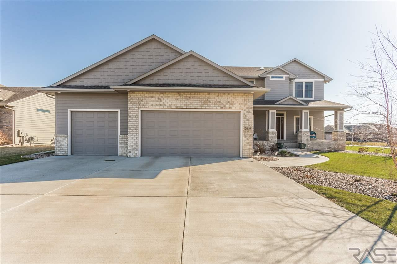 2049 Abbeystone Ct, Sioux Falls, SD 57110