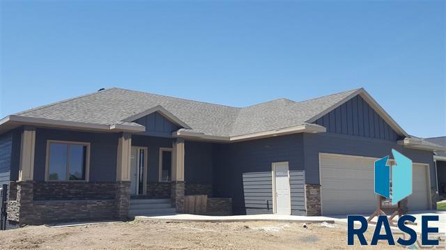 7212 Garden View Ct, Sioux Falls, SD 57108