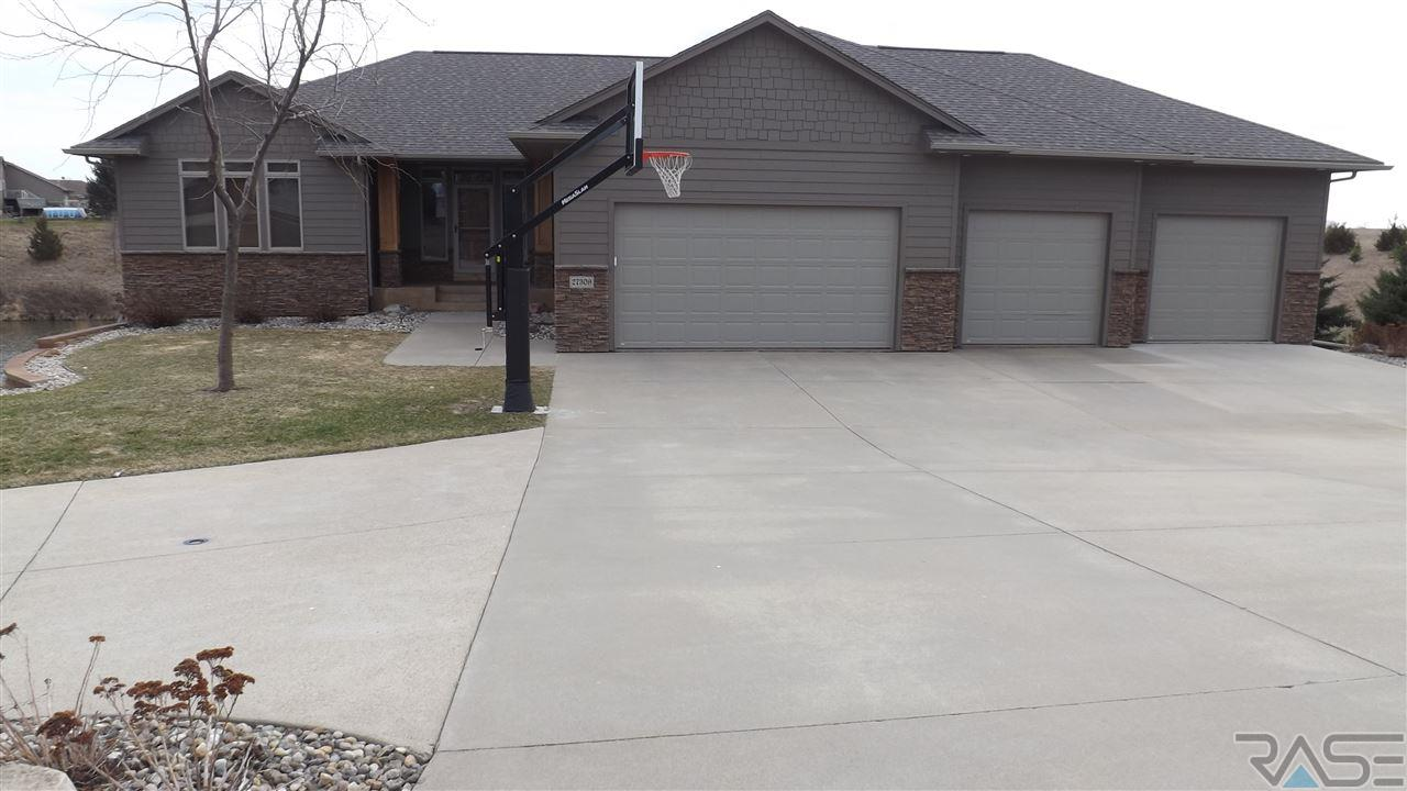 27309 Meadow Ridge Rd, Harrisburg, SD 57032