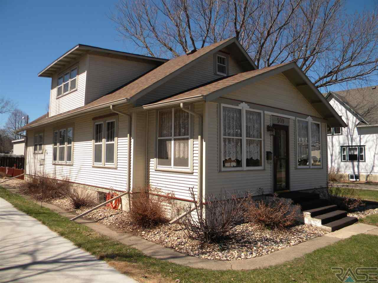 509 N Blanche Ave, Madison, SD 57042
