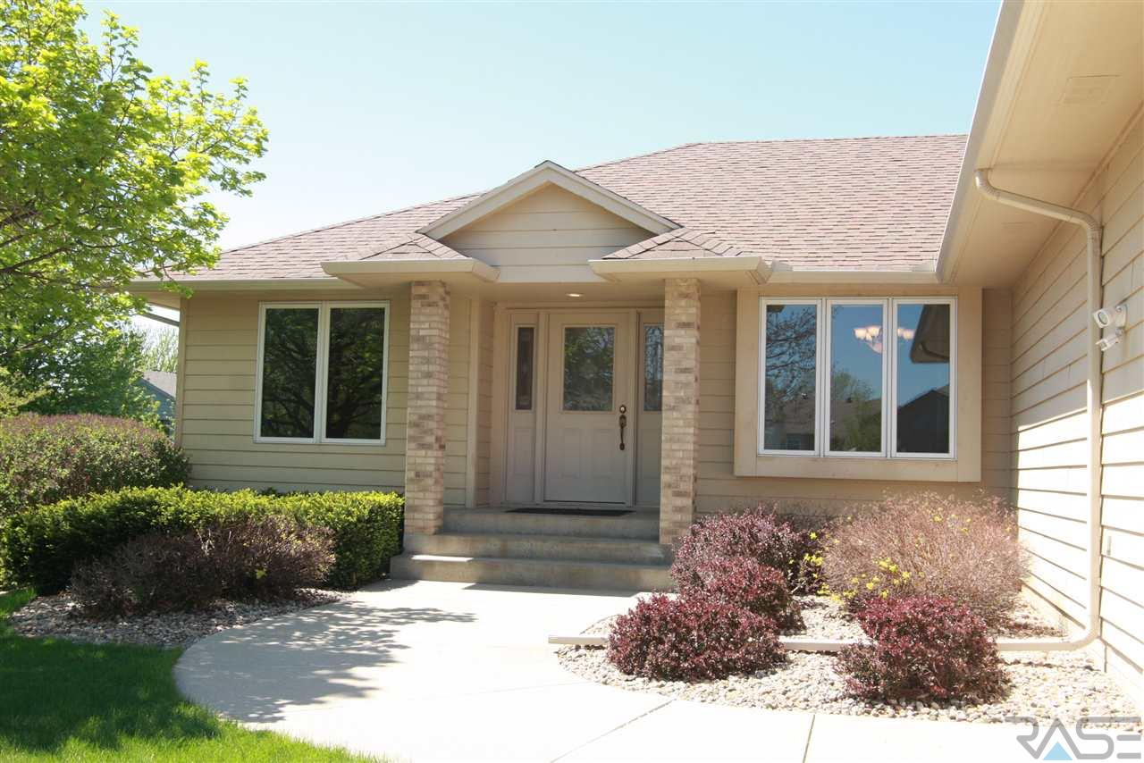 3405 S Judy Ave, Sioux Falls, SD 57103