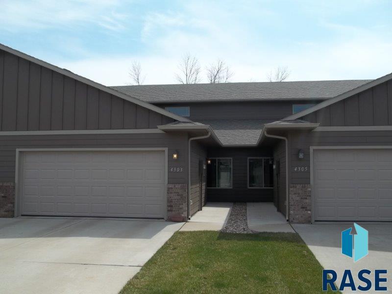 4303 W Shipton St, Sioux Falls, SD 57108