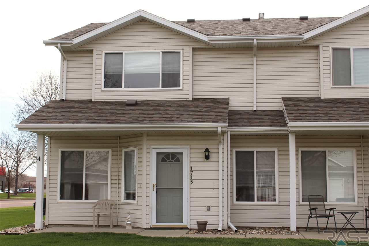 1715 S Campbell Trl, Sioux Falls, SD 57106