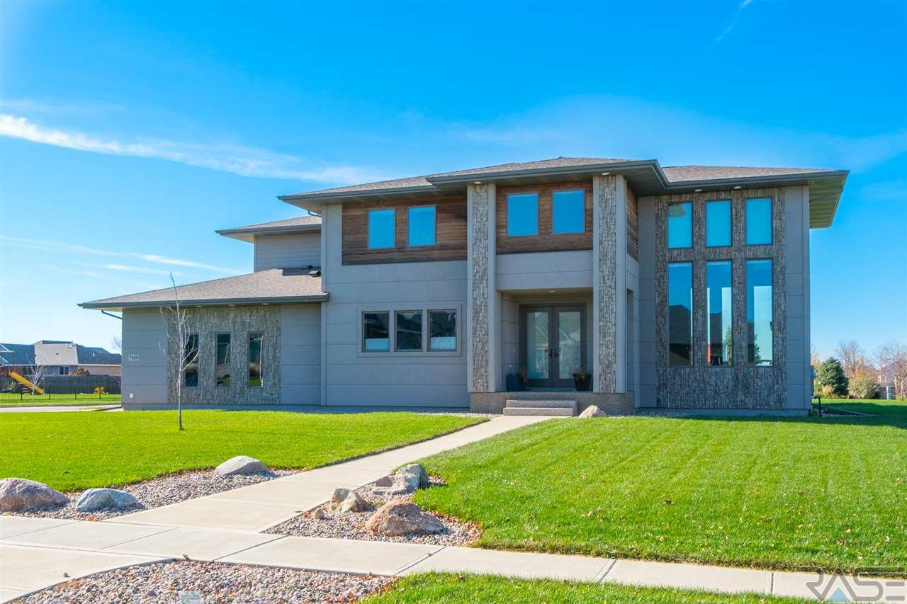 7509 S Meredith Ave, Sioux Falls, SD 57108