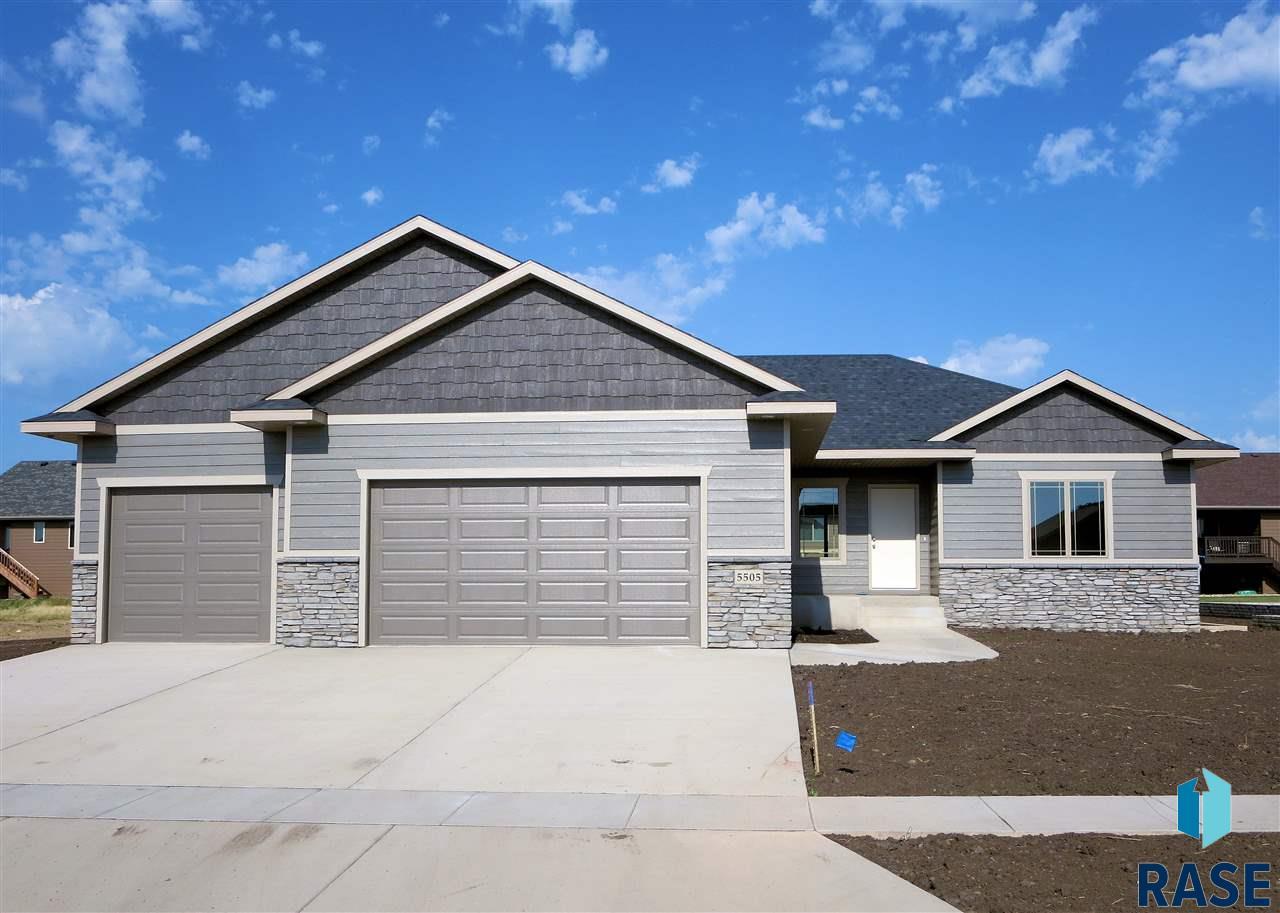 5401 S Breezeway Ave, Sioux Falls, SD 57108