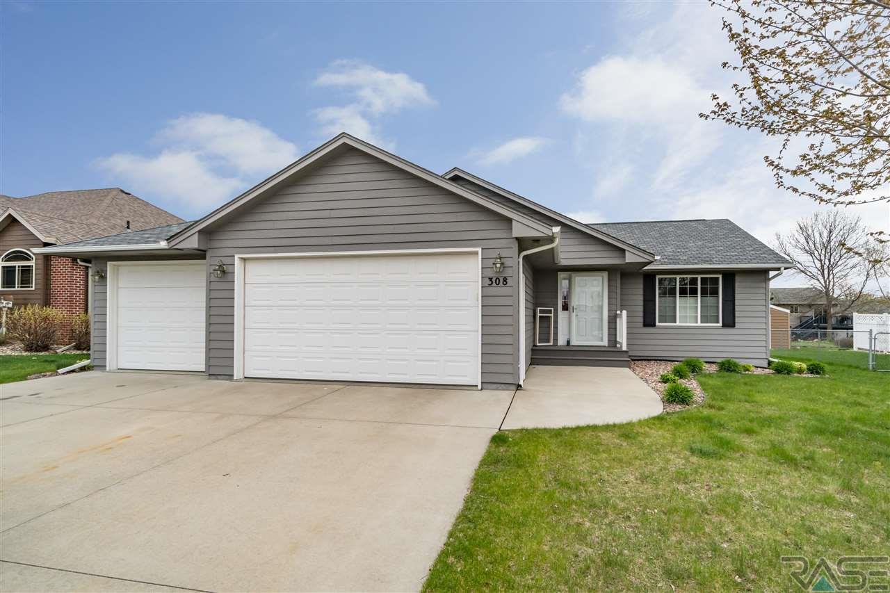 308 W Ironwood St, Brandon, SD 57005