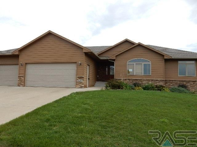 1105 W Tradewinds St, Sioux Falls, SD 57108