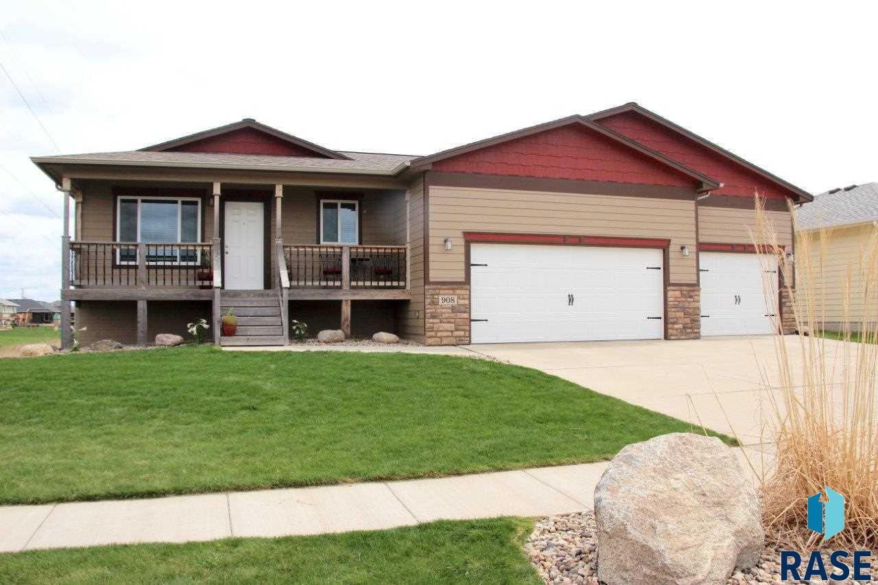 908 S Maria Ave, Sioux Falls, SD 57106