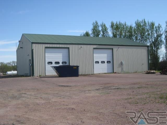 600 Centennial Pl, Dell Rapids, SD 57022