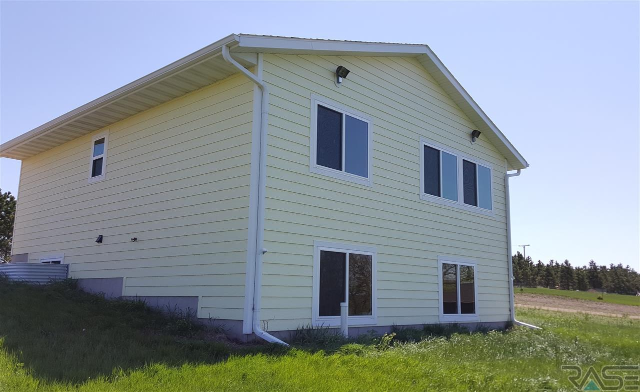 3000 MarGi Park Loop, Waubay, SD 57273