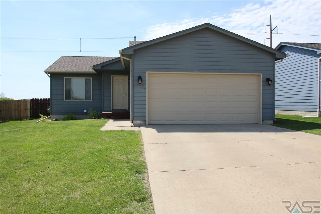 3813 N Orion Dr, Sioux Falls, SD 57107