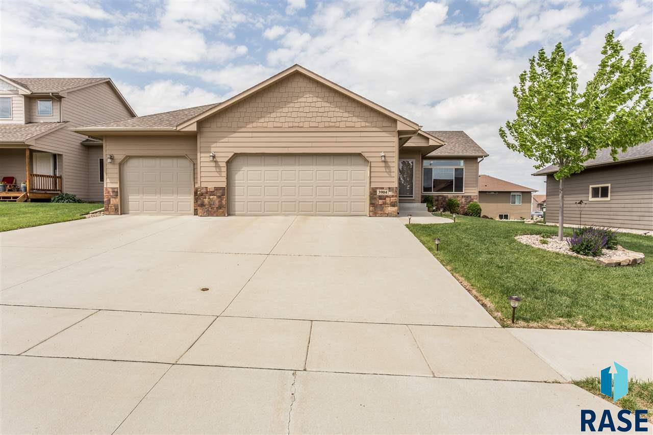 3904 W 91st St, Sioux Falls, SD 57108